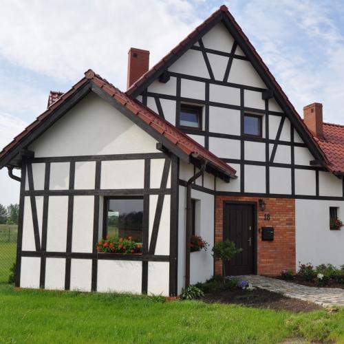 mur pruski na nowym domu